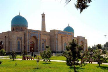 Uzbekistan sightseeing -Tashkent mosque