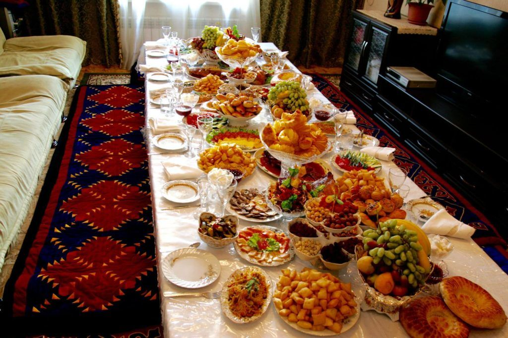 Kyrgyz table