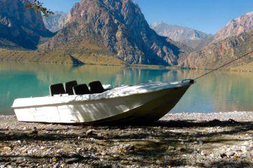 Iskander Kul lake Tajikistan Nature