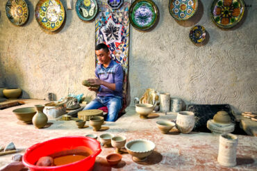 Gijduvan traditional pottery