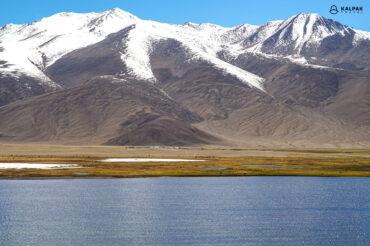 Tajikistan lakes and mountains