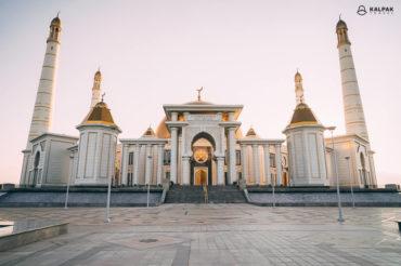 Mosque in Turkmenistan