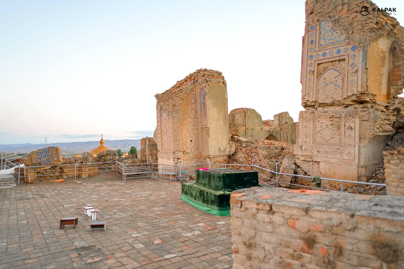 Turkmenistan Tours & Travel Information - Kalpak Travel