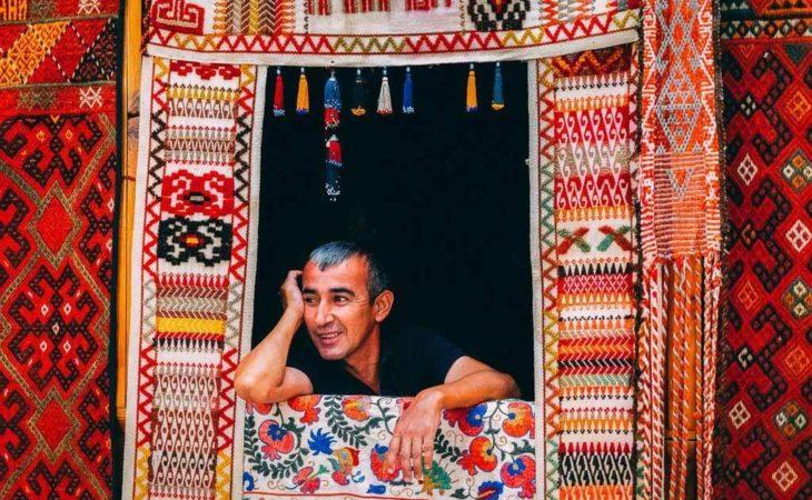 Uzbekistan tour and visiting of a local bazaar