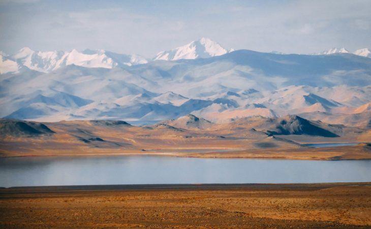 Karakul Lake: stunning scenery Tajikistan