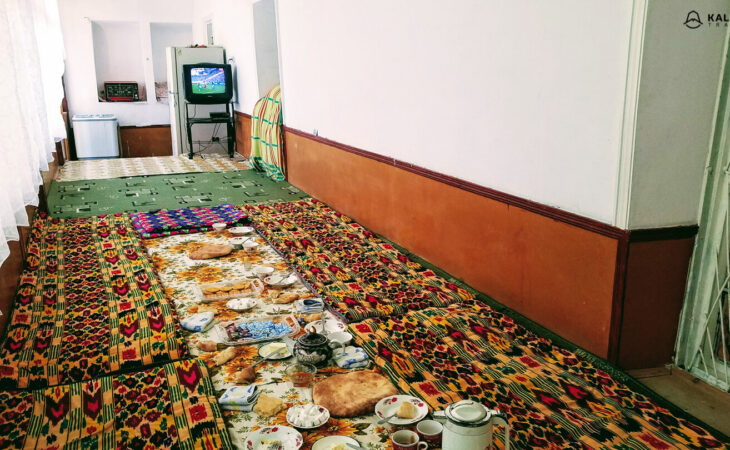 Tajikistan lunch served on the floor in guesthouse