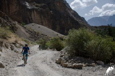 adventure tour Tajikistan