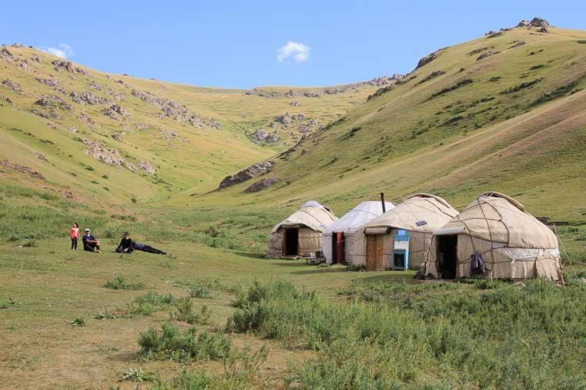 Kyrgyzstan trekking tour in Kilemche