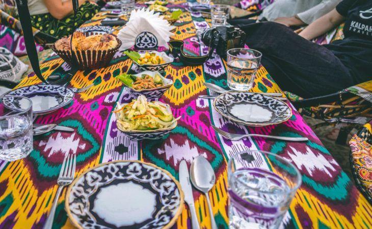 eating in Uzbekistan