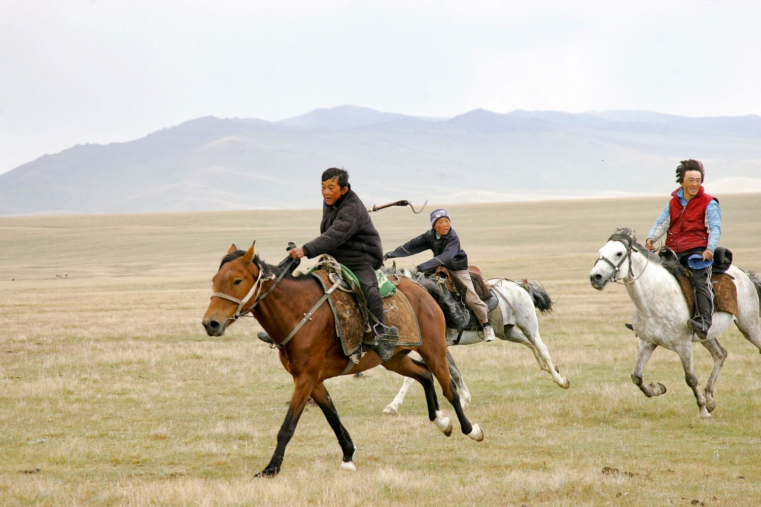Song Kul Travel, Kyrgyzstan