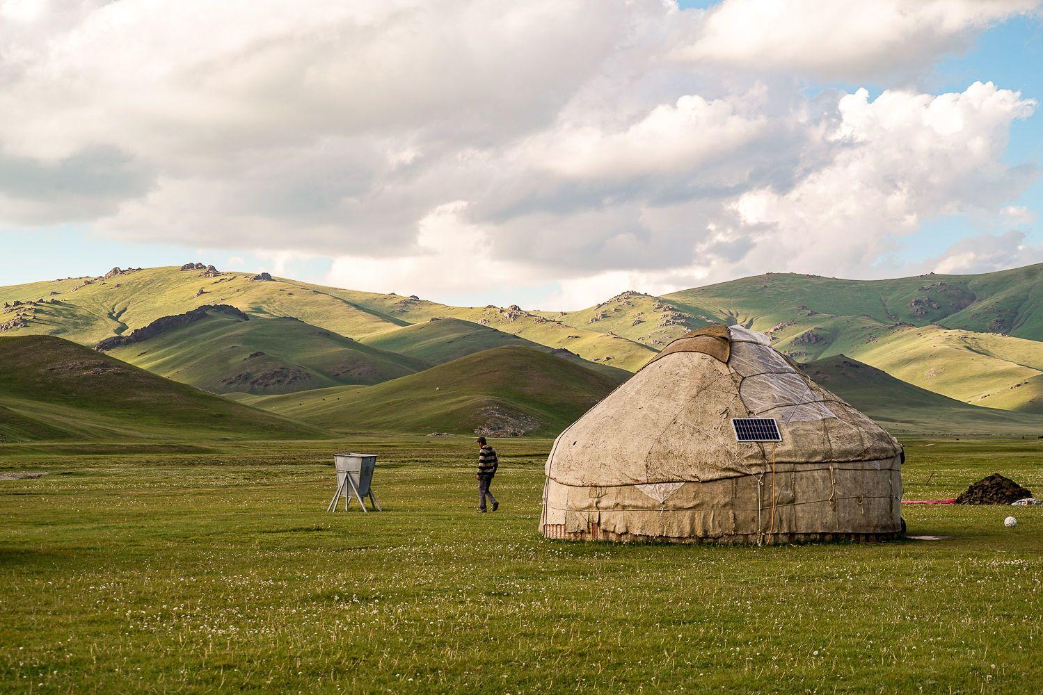 Song Kul, yurt, Kyrgyzstan