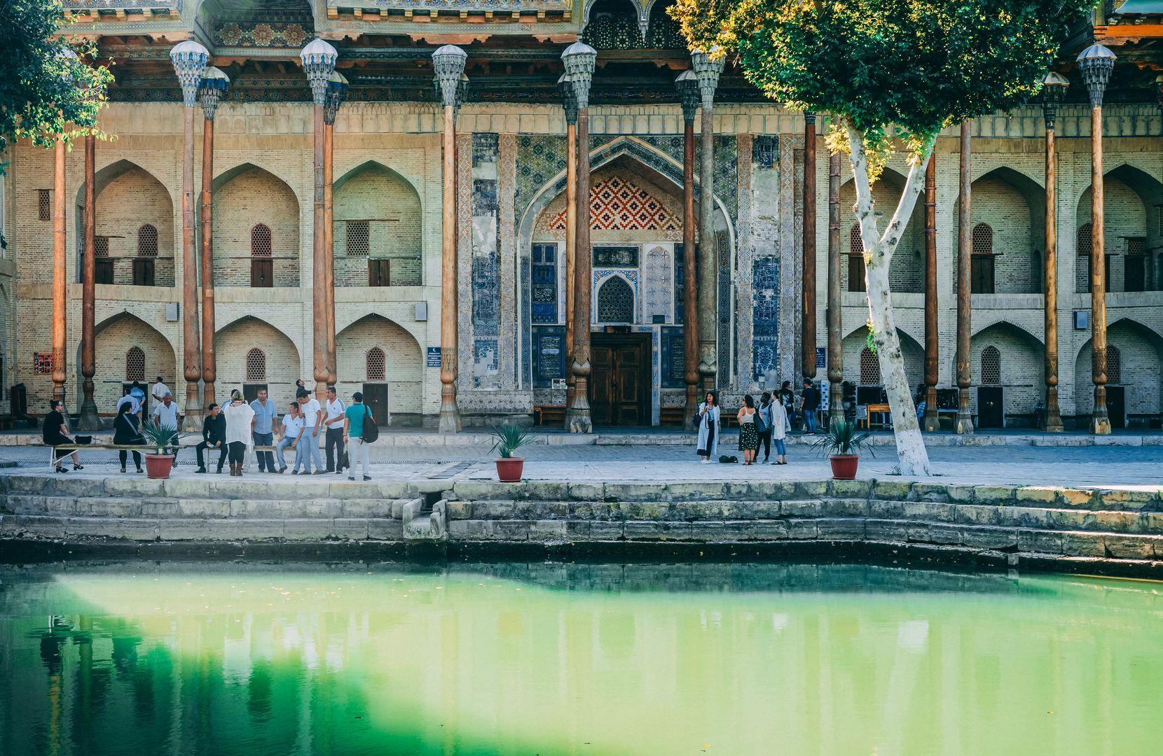 Bukhara, Lyabi Hauz, Best of Uzbekistan Tour