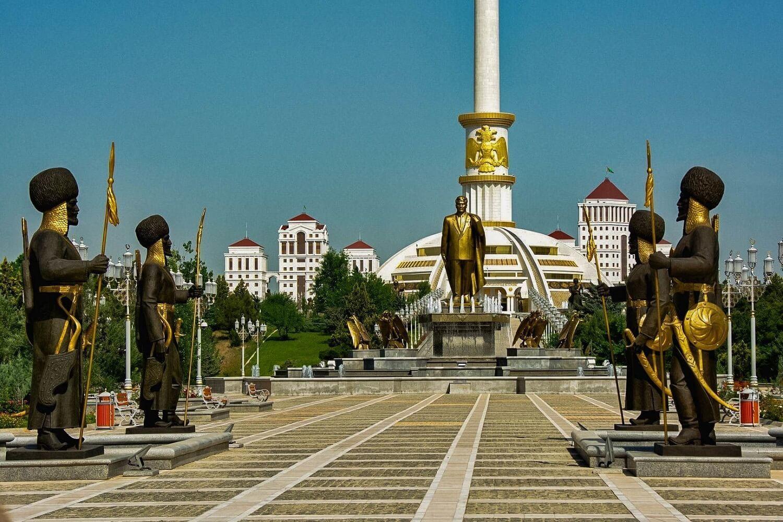 Turkmenistan Tour Ashgabat Independence Park