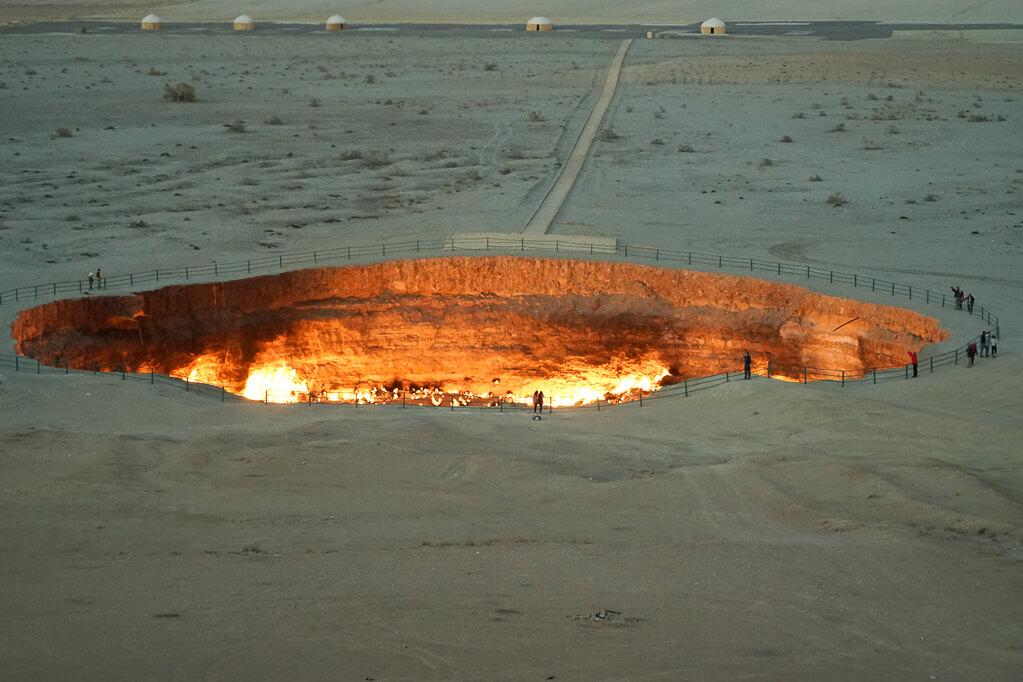 gate of hell in Turkmenistan