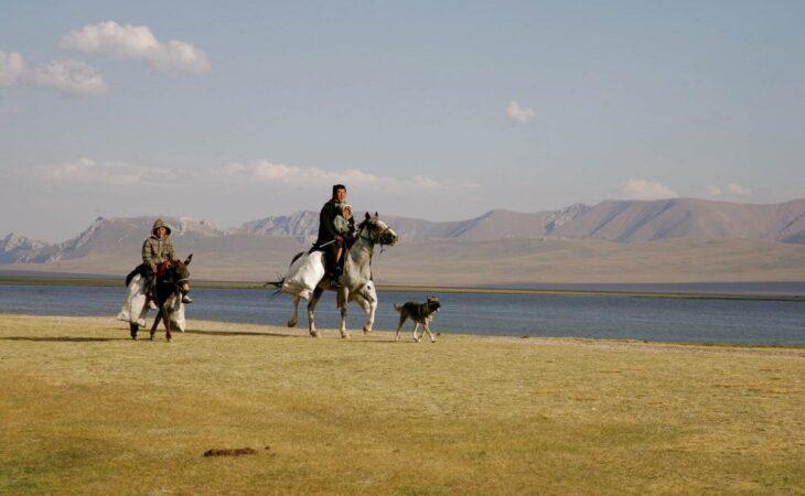 Kyrgyzstan tour in Song Kul