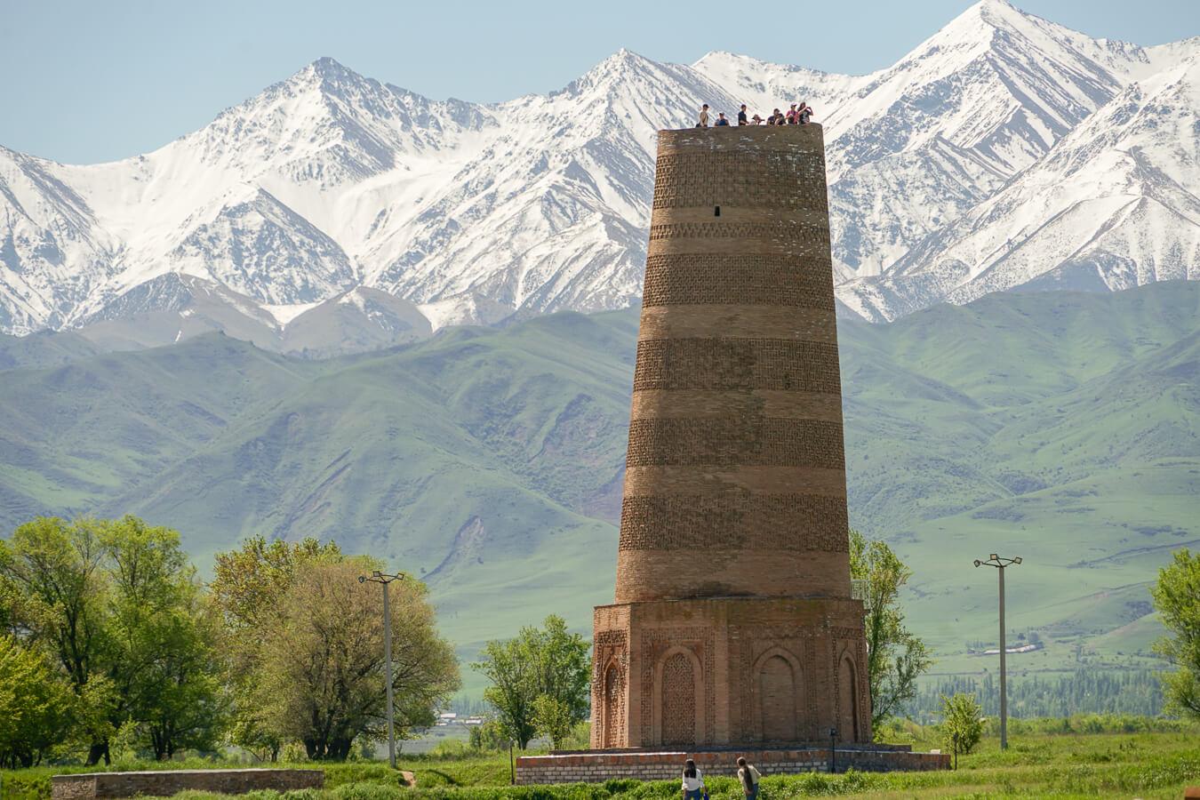 Burana Turm von der Seidenstrassezeiten in Kirgisistan