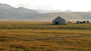 Kyrgyzstan tour in Central Asia