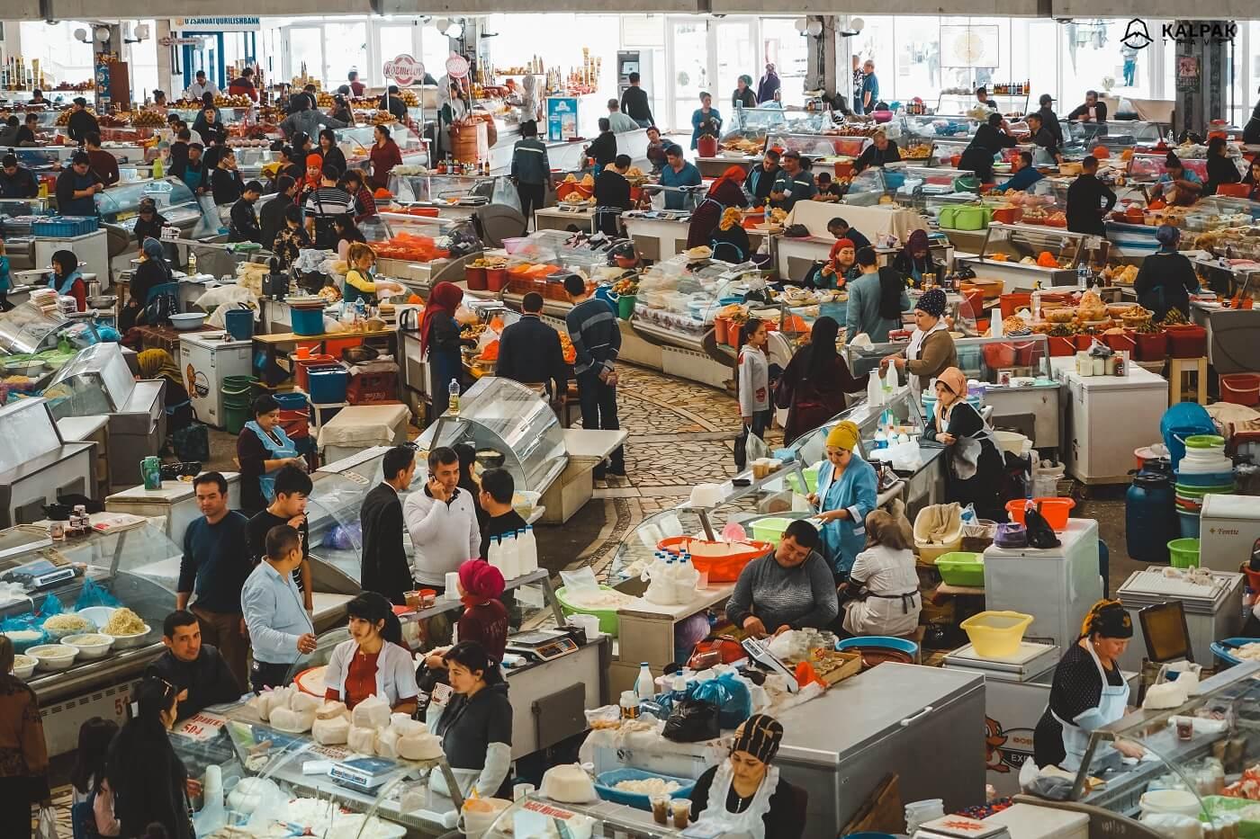 Tashkent Chorsu market inside