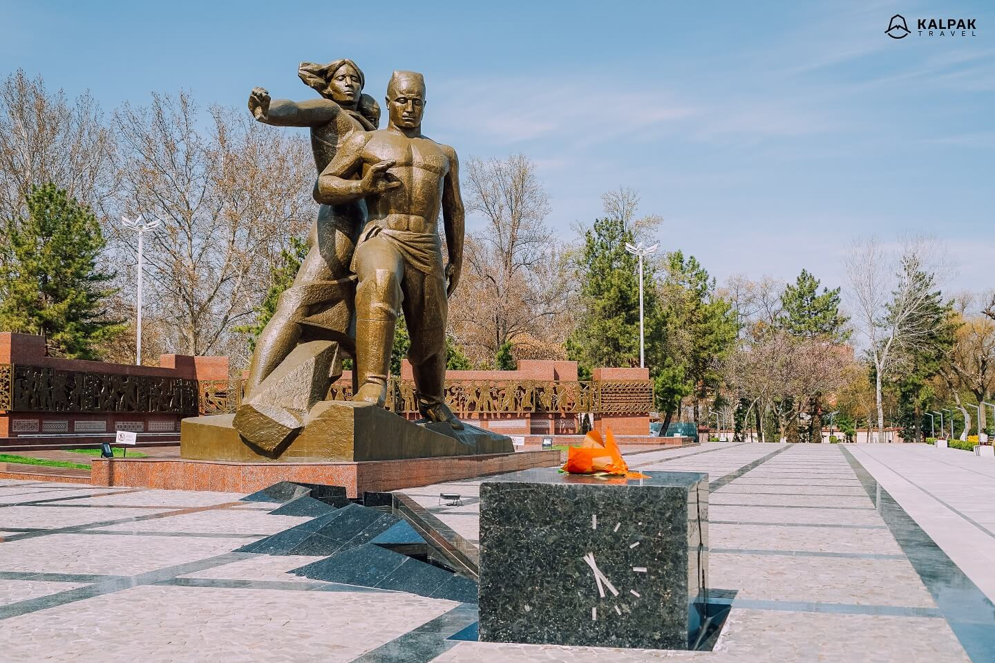 Monument of courage dedicated to 1966 earthquake in Tashkent