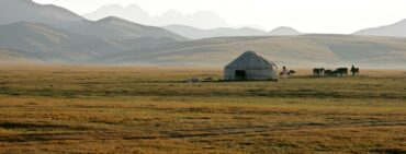 Kyrgyzstan tour with yurts