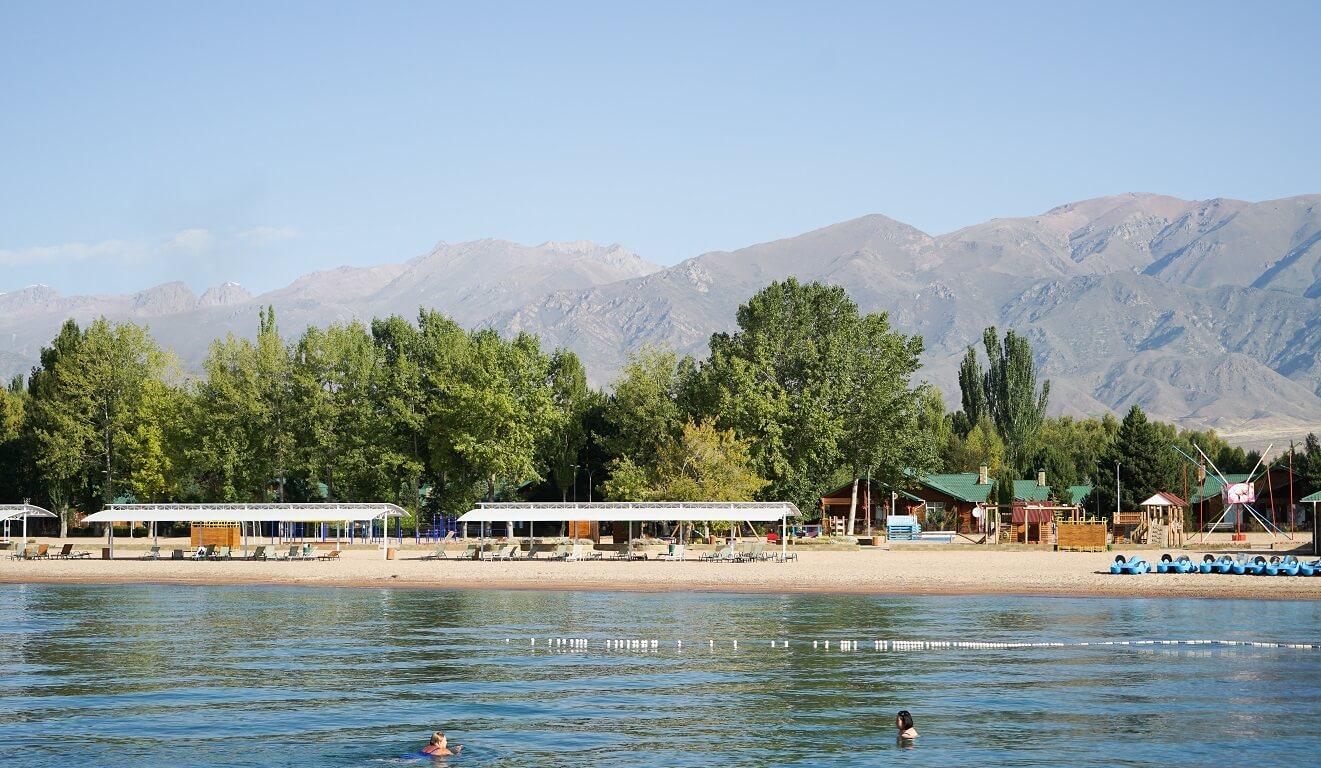 Issyk Kul swimming
